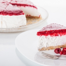 Red fruits cheesecake