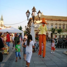 stiltwalkers-stulasi-19
